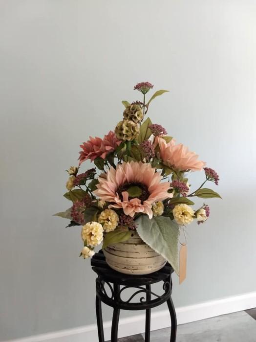 Flower All In Blooms Florist nice arrangement of flowers Roses